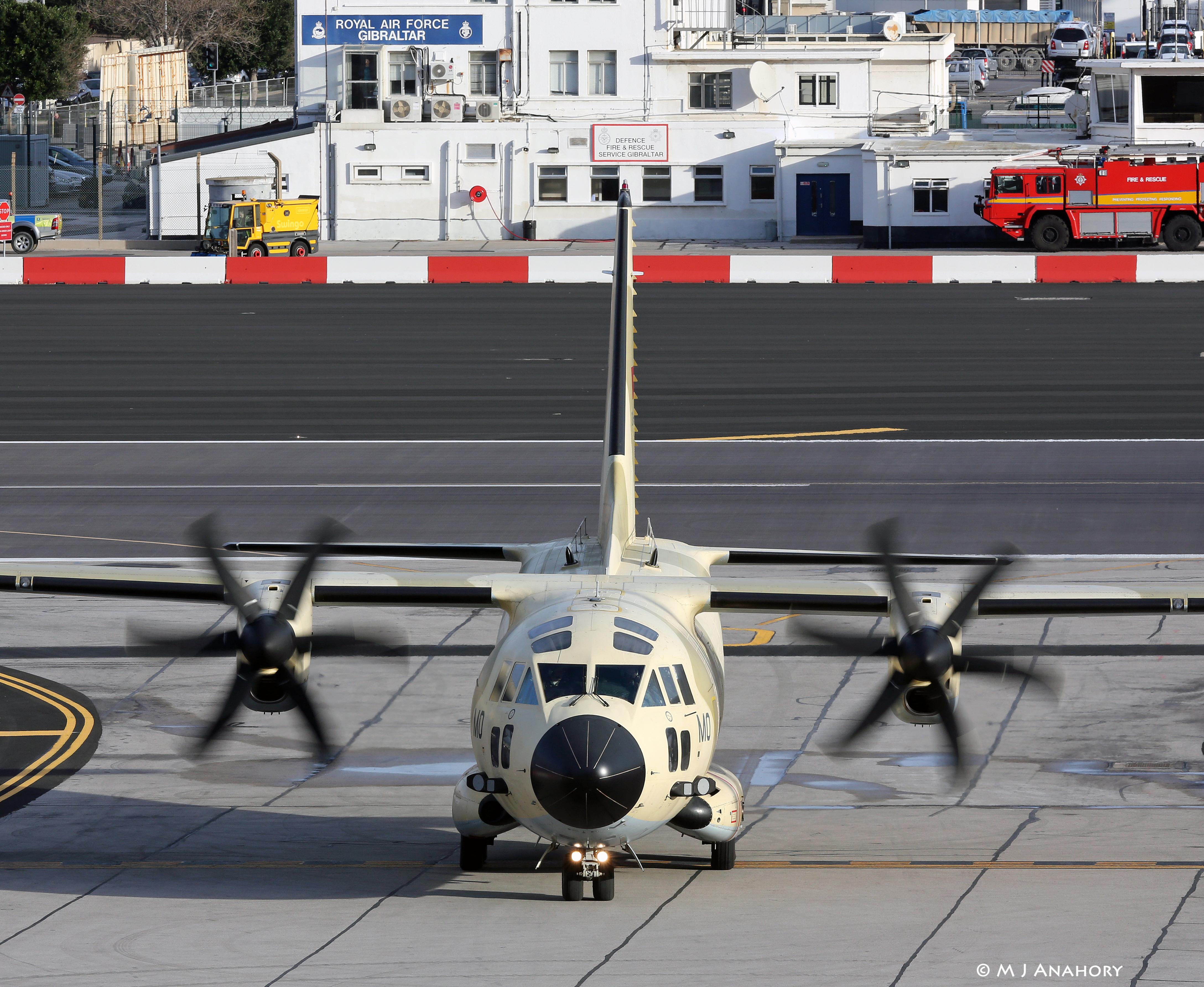 طائرات النقل العاملة بالقوات المسلحة المغربية - صفحة 3 24886906531_fa1ffcec8d_o