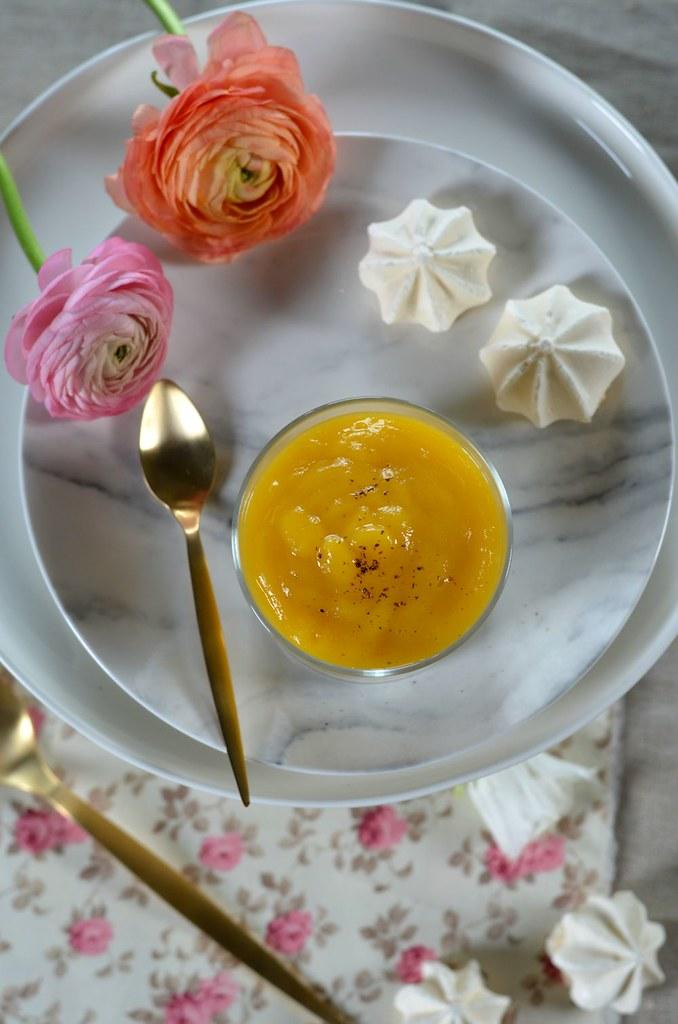 Verrine au fromage blanc, mangue et meringue