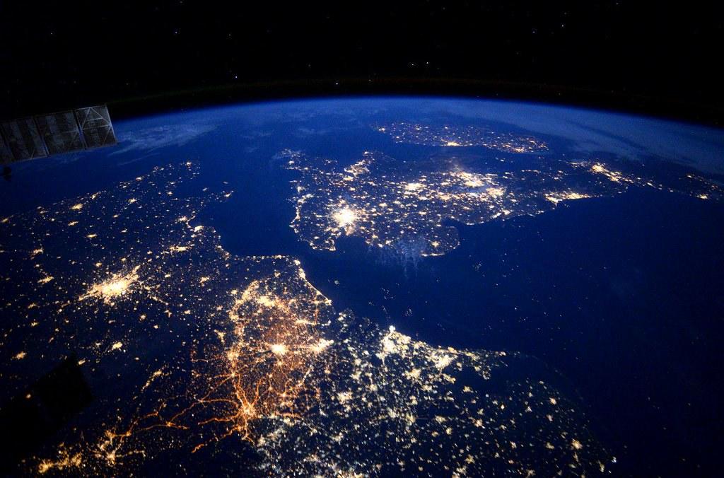 I See London I See France Sept 30 2015 Astronaut Sco