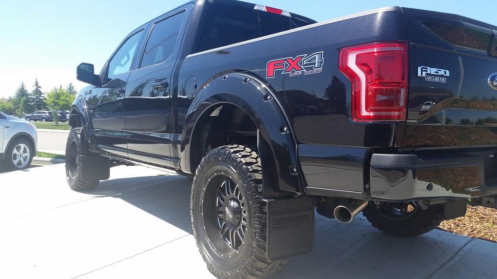 New Ford Truck >> Gatorback Black Offset Mudflaps on F150 | Gatorback ...