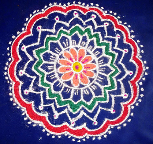 Click on this kolam to view with video