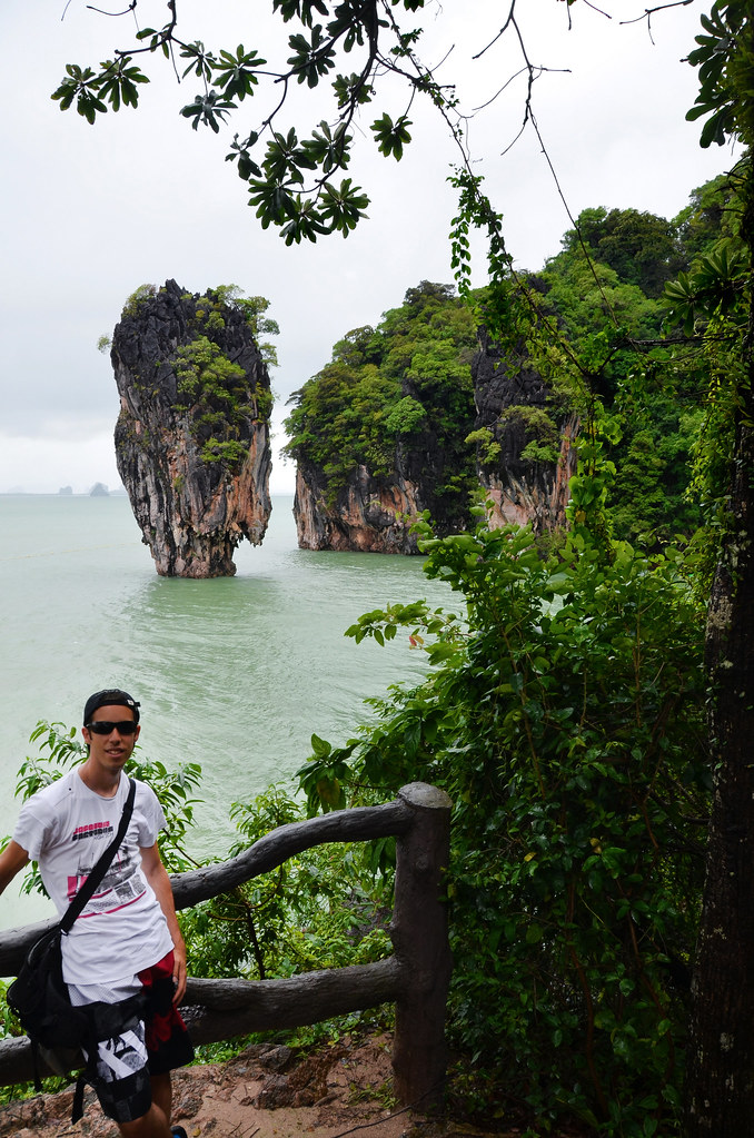 Diario de un Mentiroso frente a Ko Tapu, isla de James Bond