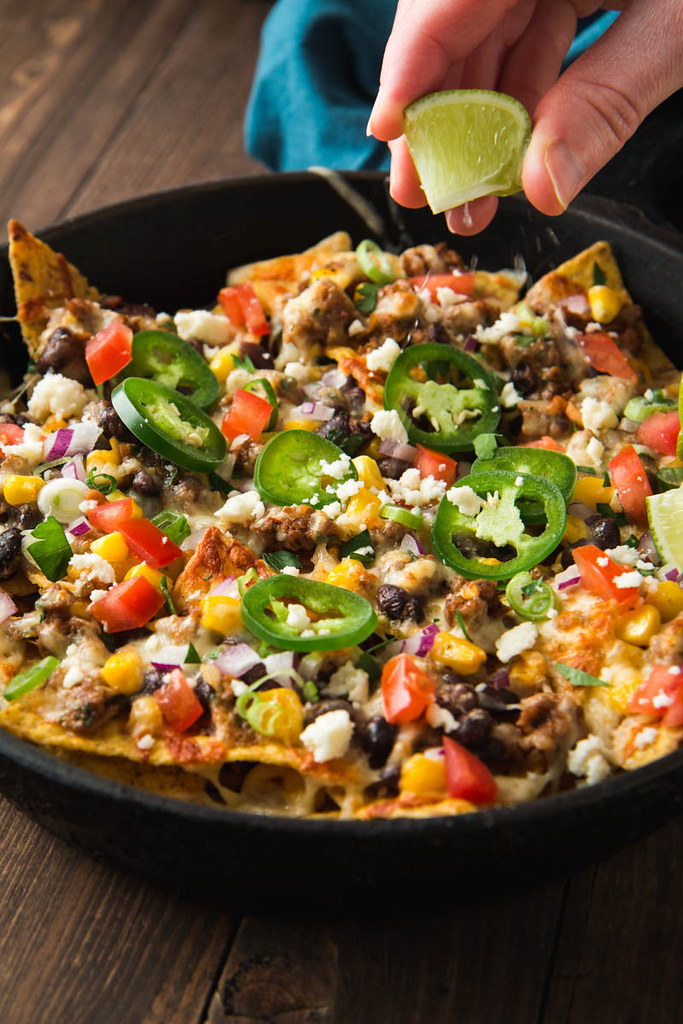 Loaded Nachos with Chorizo, Black Beans, & Corn | Recipe her ...