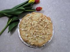 Oskar II almond cake
