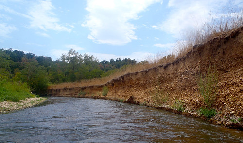 Erosion along the Illinois River
