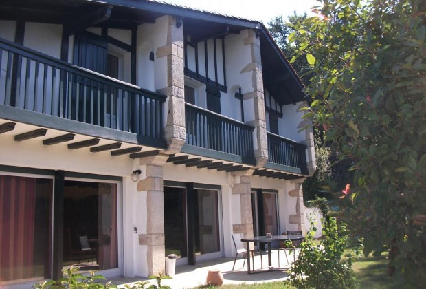 Atherbea chambre d 39 h tes g451017 urrugne a quelques for Chambre hote hendaye