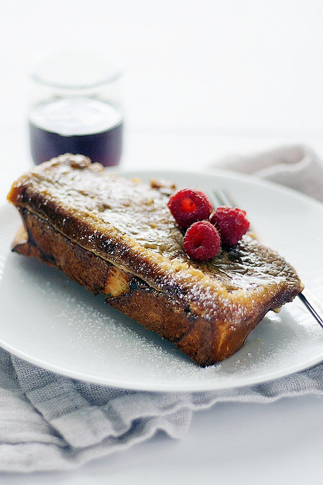 overnight baked creme brulee french toast | heathersfrenchpress.com