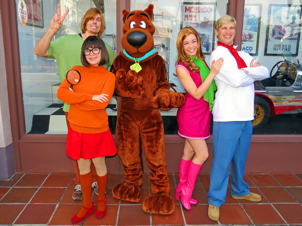 Velma Shaggy ScoobyDoo Daphne and Fred  Hollywood Univ  Flickr