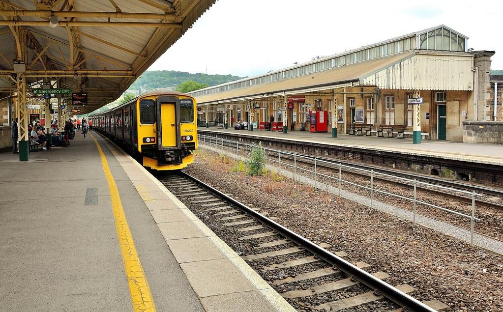 Bath Spa Station Taxis