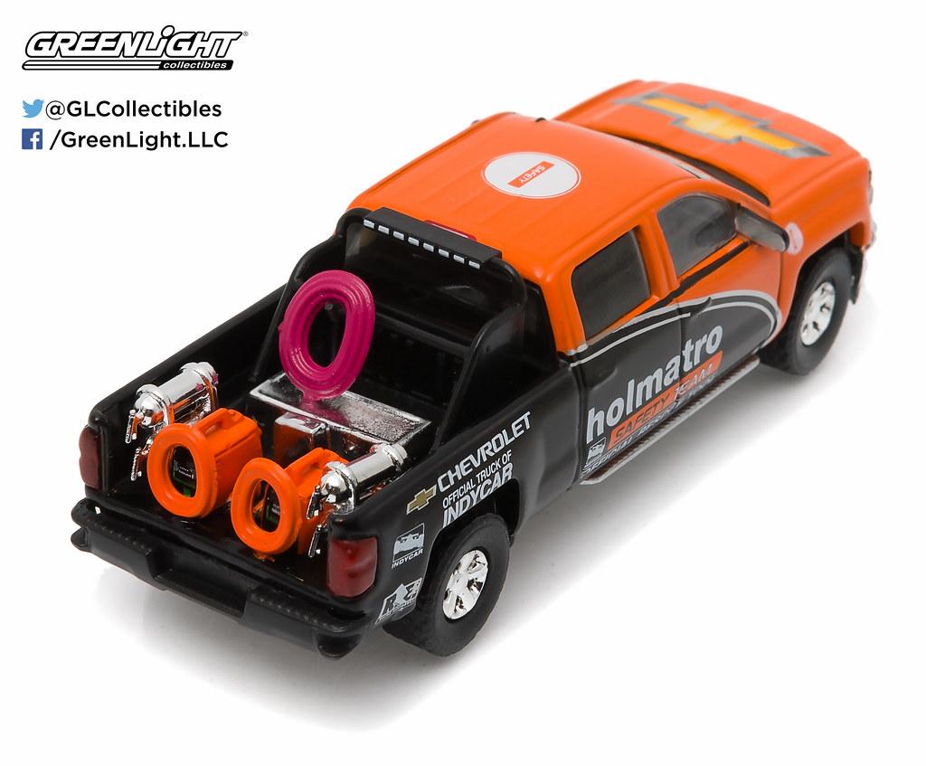 29851 1 64 Indycar 2015 Chevy Silverado Holmatro Saf