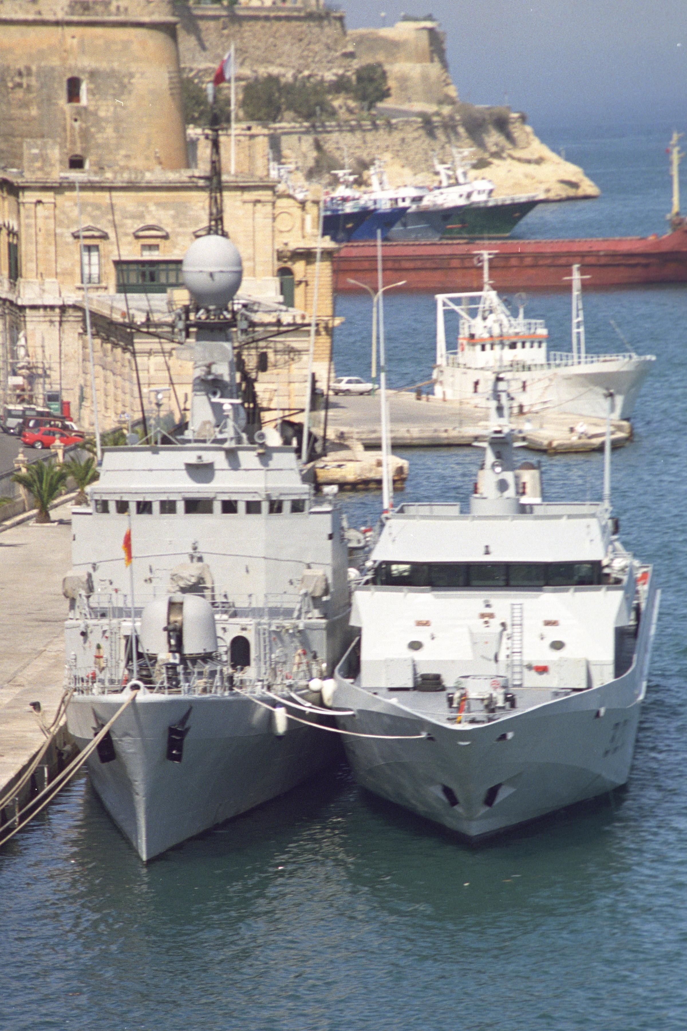 Royal Moroccan Navy Descubierta Frigate / Patrouilleur Océanique Lt Cl Errahmani - Bâtiment École - Page 3 24980653485_5db111c4c6_o