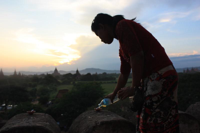 Швесандо (Shwesandaw Paya)  закат