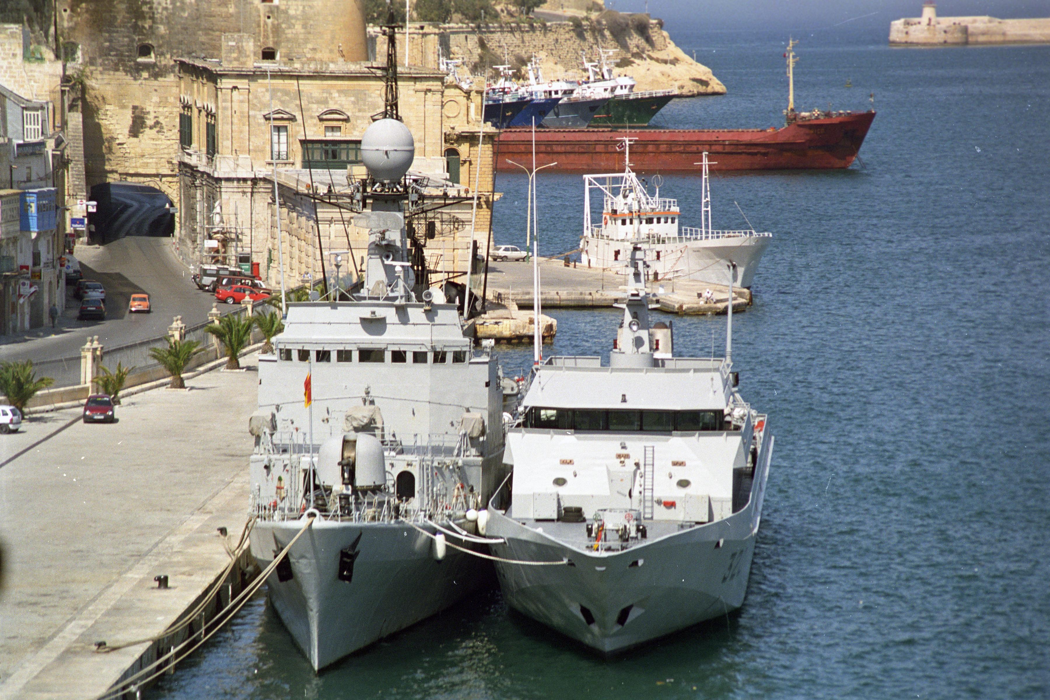 Royal Moroccan Navy Descubierta Frigate / Patrouilleur Océanique Lt Cl Errahmani - Bâtiment École - Page 3 24612883929_848a403663_o