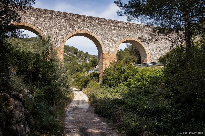 El acueducto del pantano del Foix