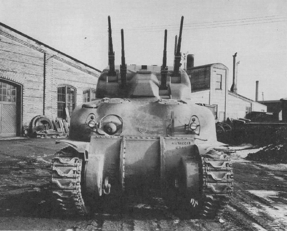 """German 50 Mm Anti Tank Gun: WWII-era Canadian """"Skink"""" Anti-aircraft Tank Based On M4"""