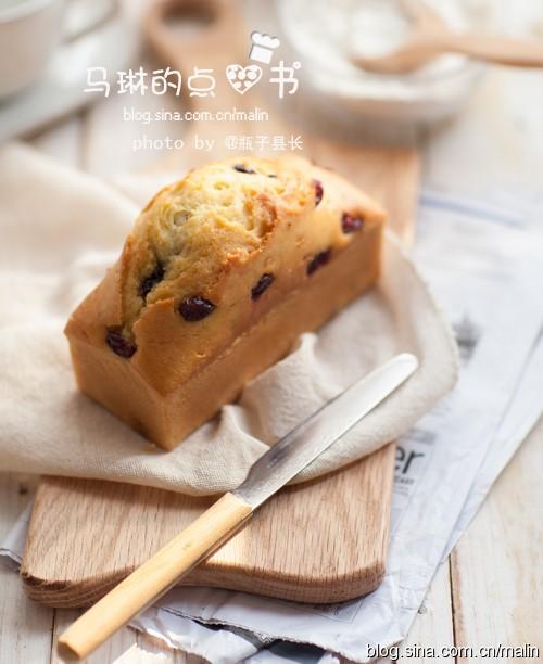 樱桃蓝莓磅蛋糕