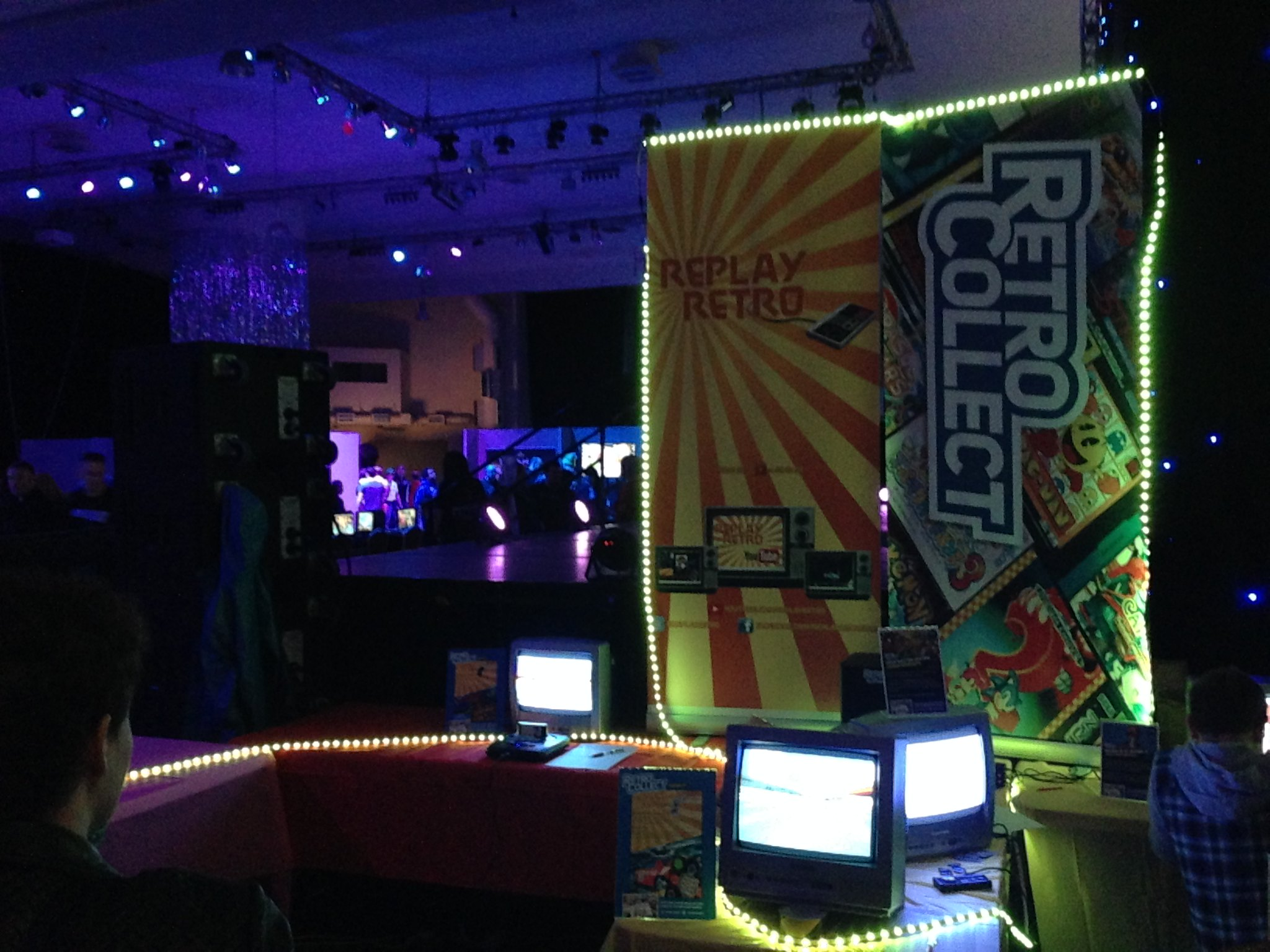 Replay Events Ltd 2016 PLAY Expo Blackpool Retro Collect