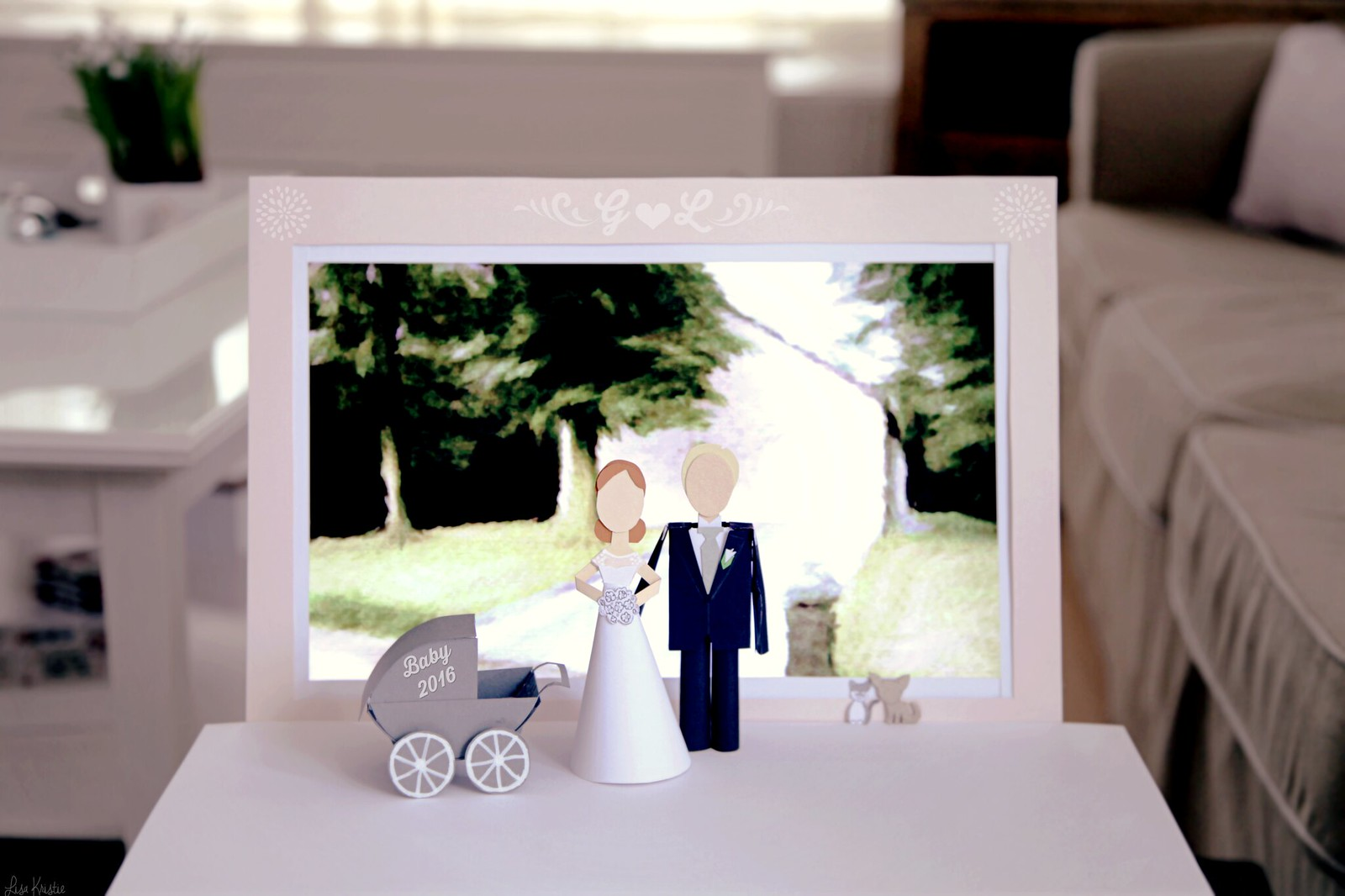 Baby 2016 pregnancy announcement paper figures couple wedding cake toppers pets home house painting background crib buggy cute pram