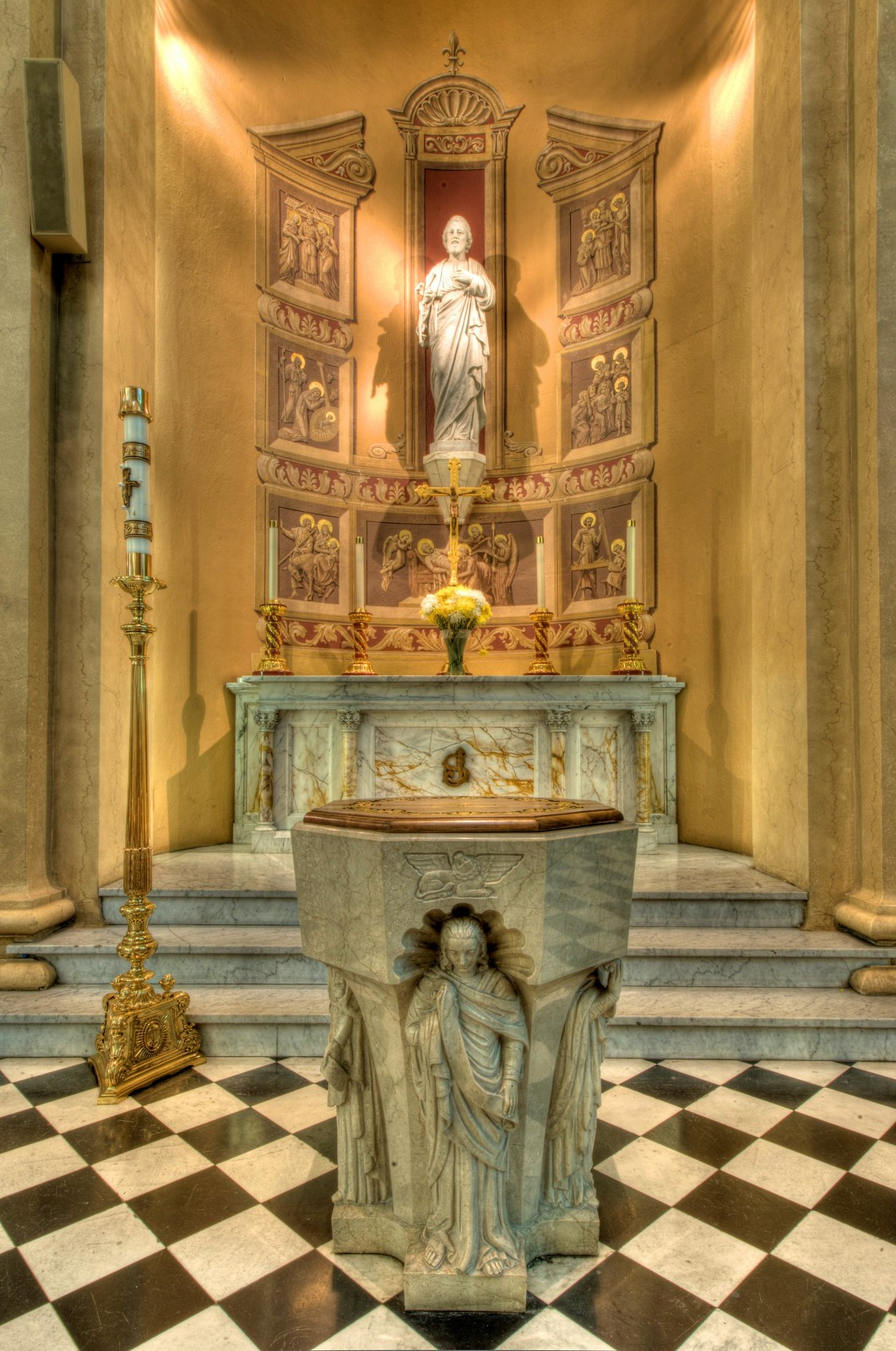 St. Joseph Altar, St. Patrick's Cathedral, Harrisburg Historic District. Credit Bestbudbrian