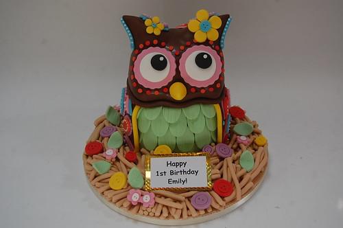 Sensational Boho Owl Cake Beautiful Birthday Cakes Funny Birthday Cards Online Amentibdeldamsfinfo