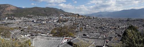 1 lijiang old town 2012.jpg