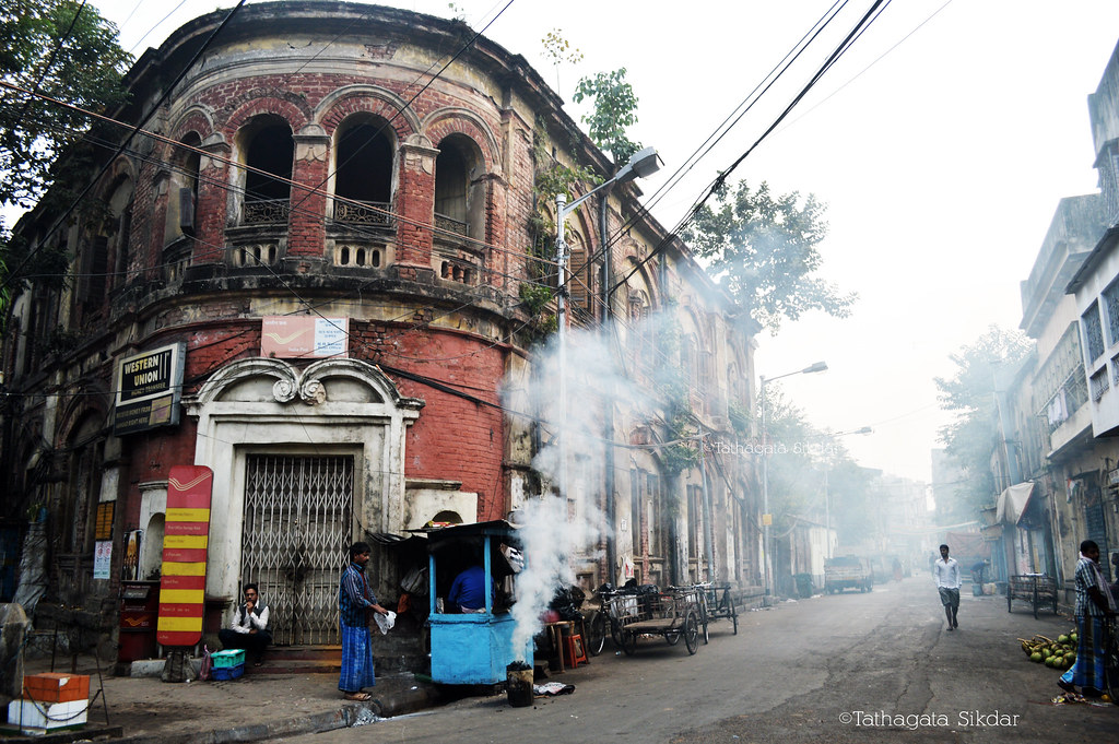 North Kolkata Heritage Wake Up Smoke Kolkata
