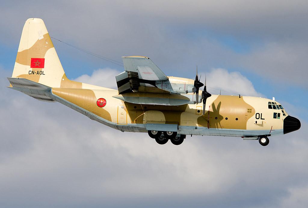 FRA: Photos d'avions de transport - Page 26 25150633443_b4e7940fa9_b