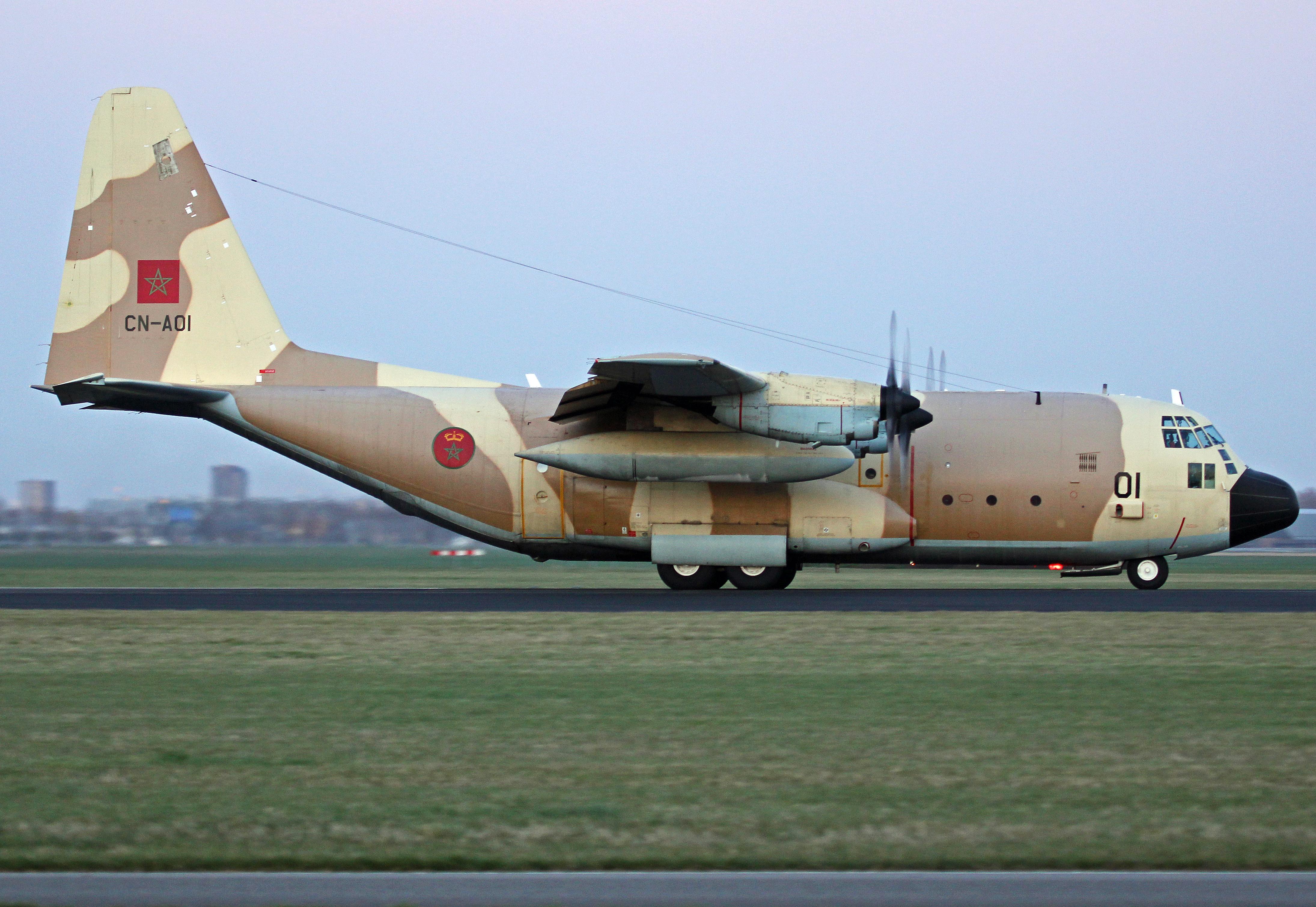 FRA: Photos d'avions de transport - Page 27 26100299615_3607e16db1_o