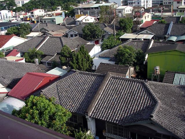 大片完整的日式木構建築在台灣已經少見。圖片提供:葉慶元。