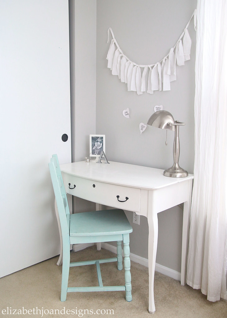 Girls White Desk Chair Aqua Smoke