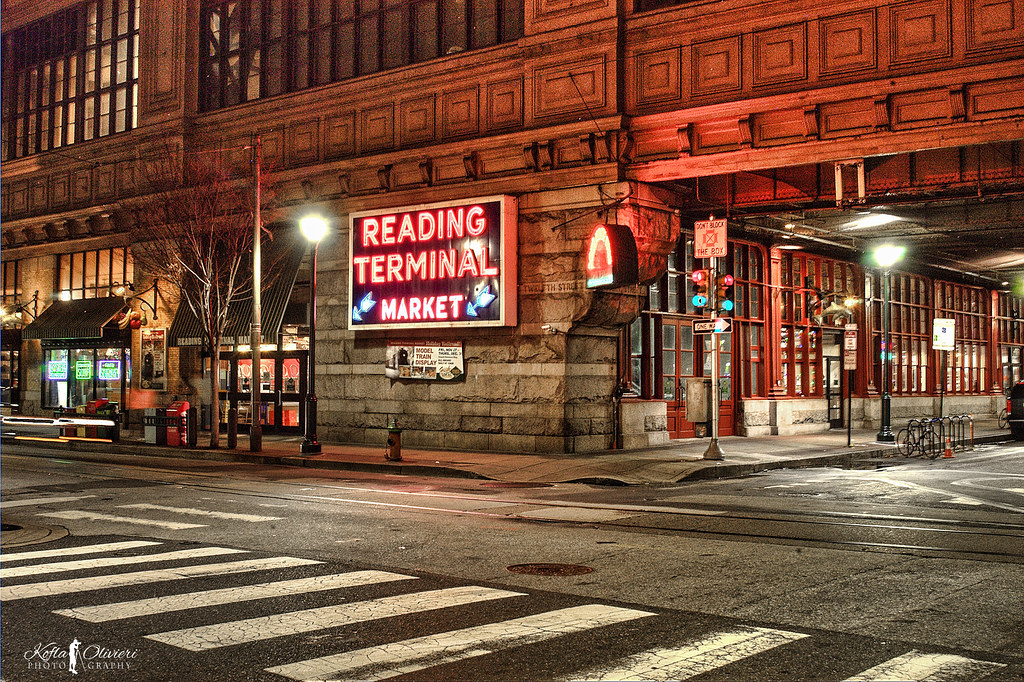 Reading terminal market the reading terminal market for Fish market philadelphia