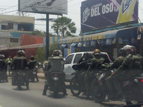 Fuerte presencia militar en varias zonas del país