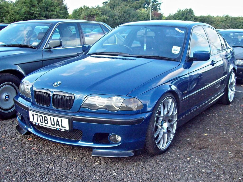 35 Bmw 325i Sport  E46   2001