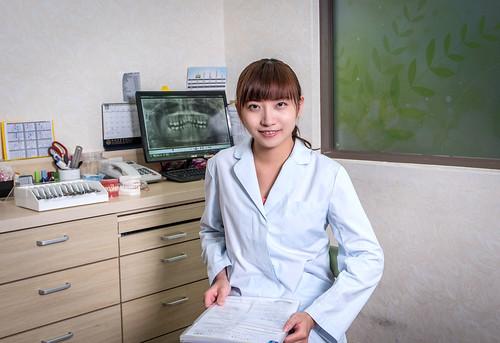 高雄齒顎矯正醫師推薦人本自然牙醫診所林玟亭醫師 (3)