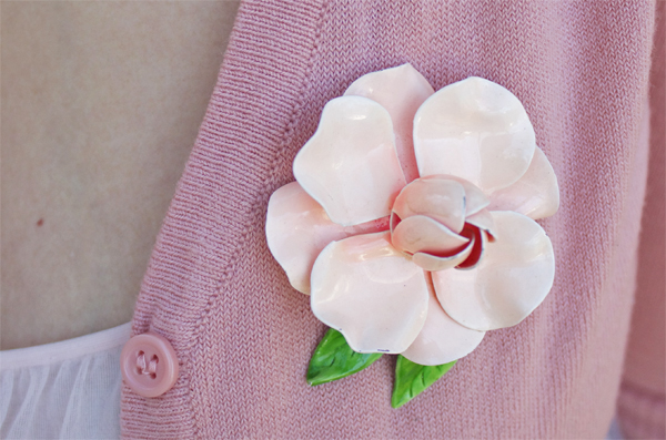peach rose brooch
