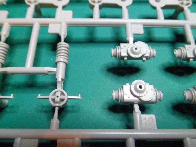 Ouvre-boîte AVGP Cougar Improved version [Trumpeter 1/35] 24706133071_94f856d166_o