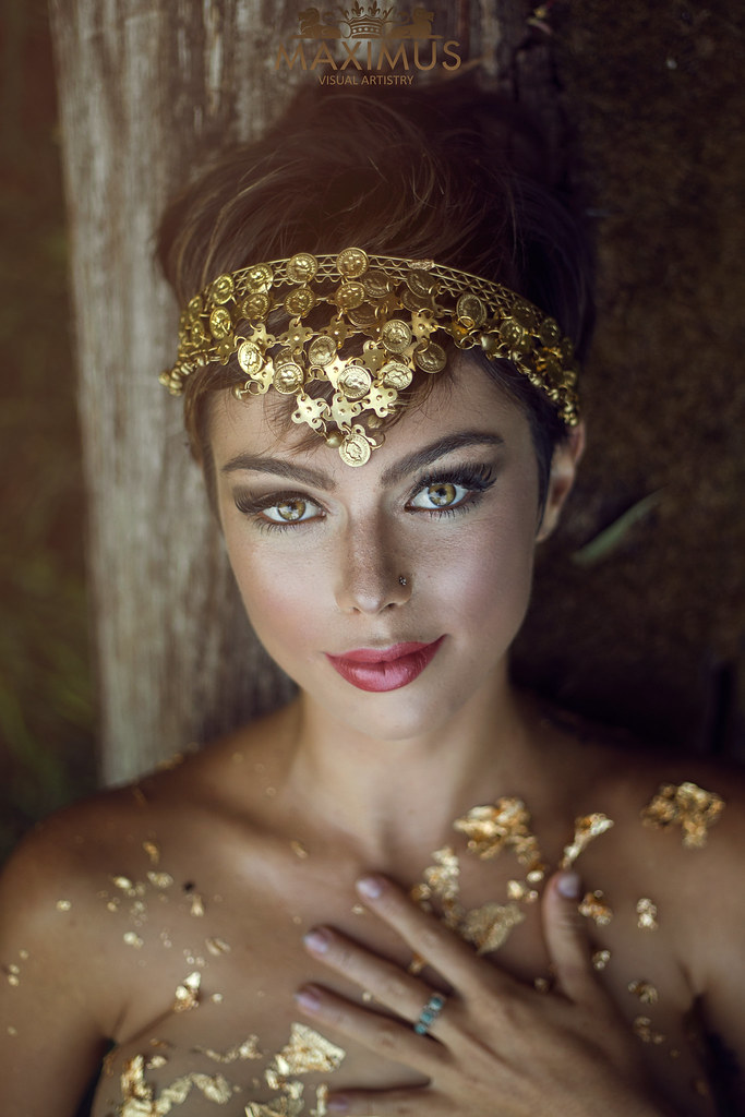 Aphrodite: Portrait of a Goddess   Could you imagine love ...