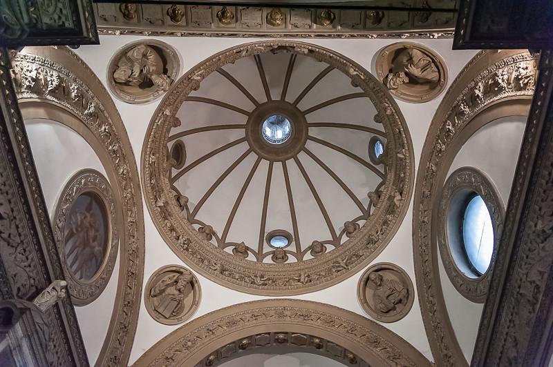 Basilica di sant 39 eustorgio milano milano piazza sant for Piazza sant eustorgio
