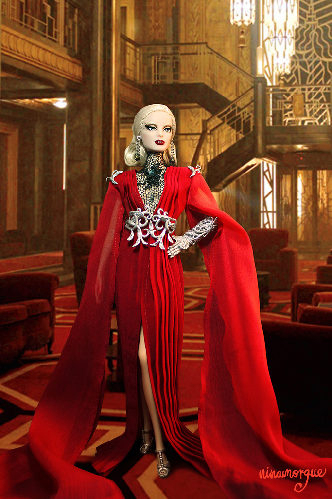 Ahs the countess ooak doll celebrating best actress for Ahs hotel decor