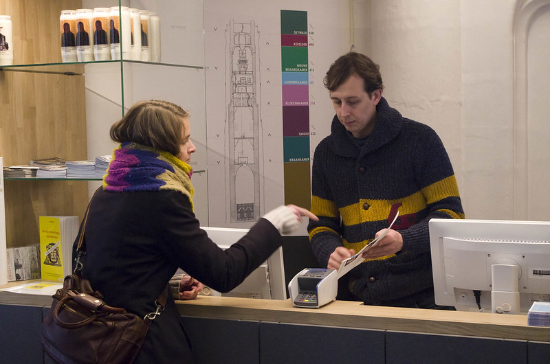 Nieuwe infobalie ontvangt bezoekers van Sint-Romboutstoren te Mechelen