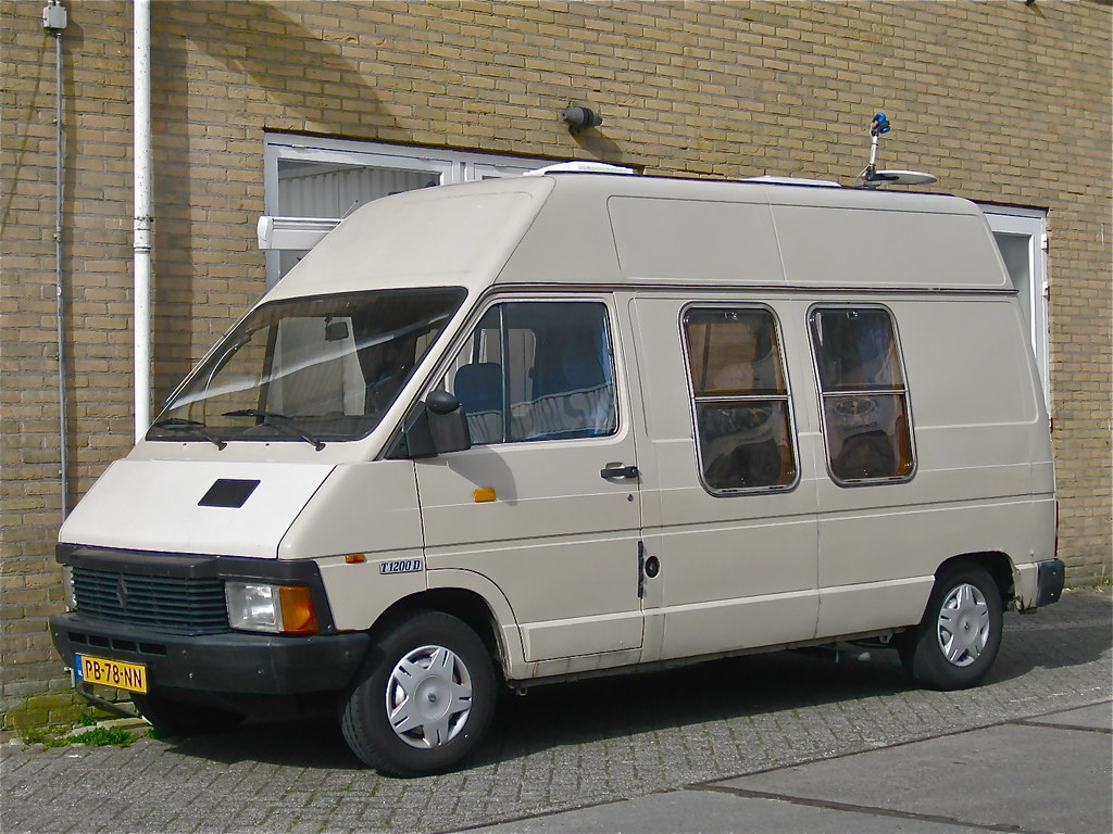 1983 renault trafic mk1 t1200d camper van the t1200 is. Black Bedroom Furniture Sets. Home Design Ideas