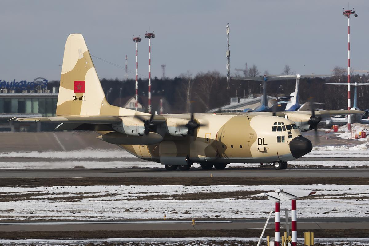 FRA: Photos d'avions de transport - Page 25 25753394396_64b4e2ec28_o