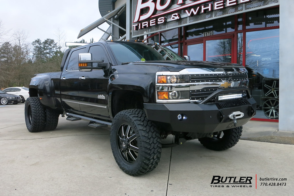 Chevy 3500 Dually With 22in Fuel Maverick Wheels And Nitto