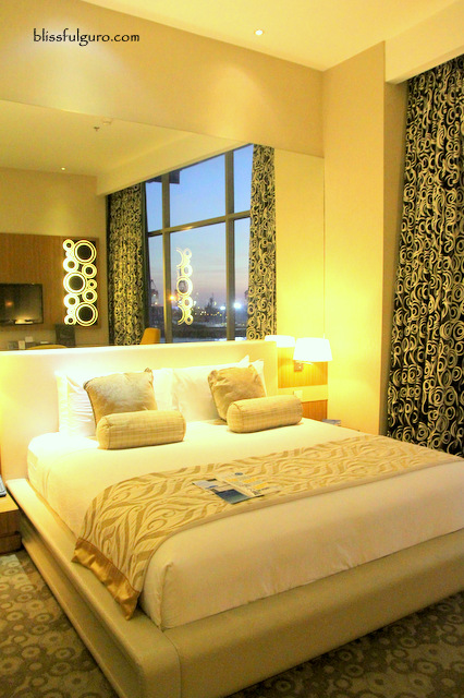Hotel H2O Manila Club Bay Room