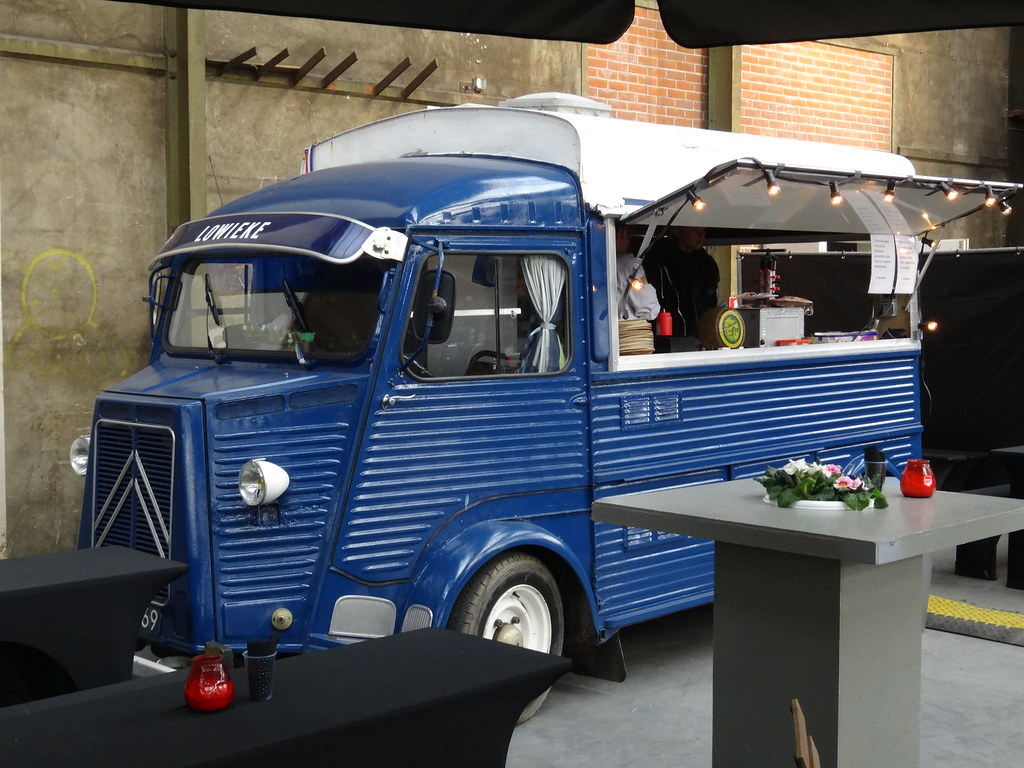 1964 Citroën HY Food Truck | Produced between 1947 and 1982 … | Flickr
