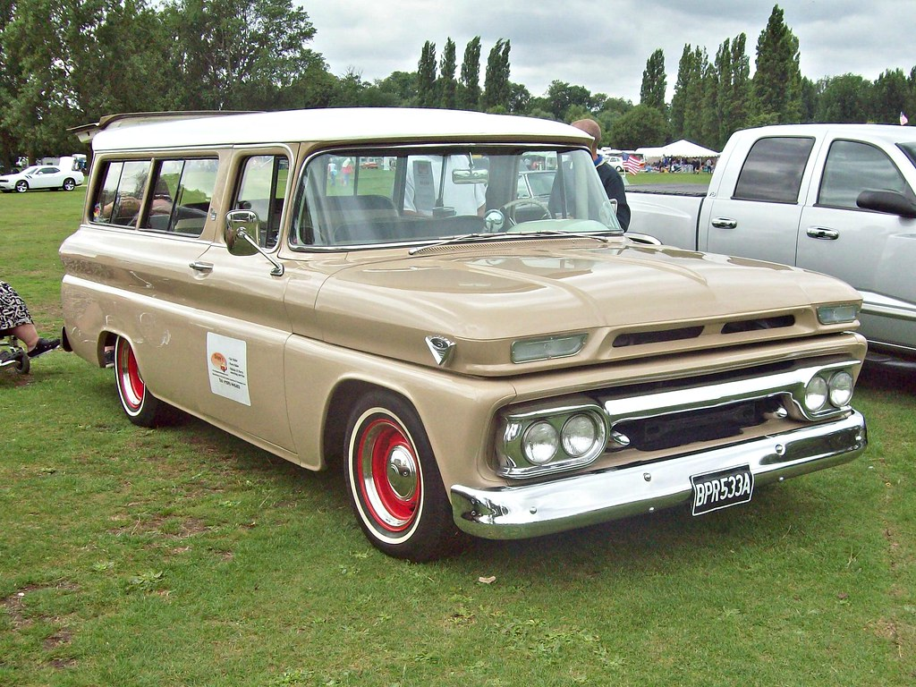 Gmc Truck Models >> 326 GMC Carryall (1963) | GMC Carry All (1960-66) Engine 305… | Flickr