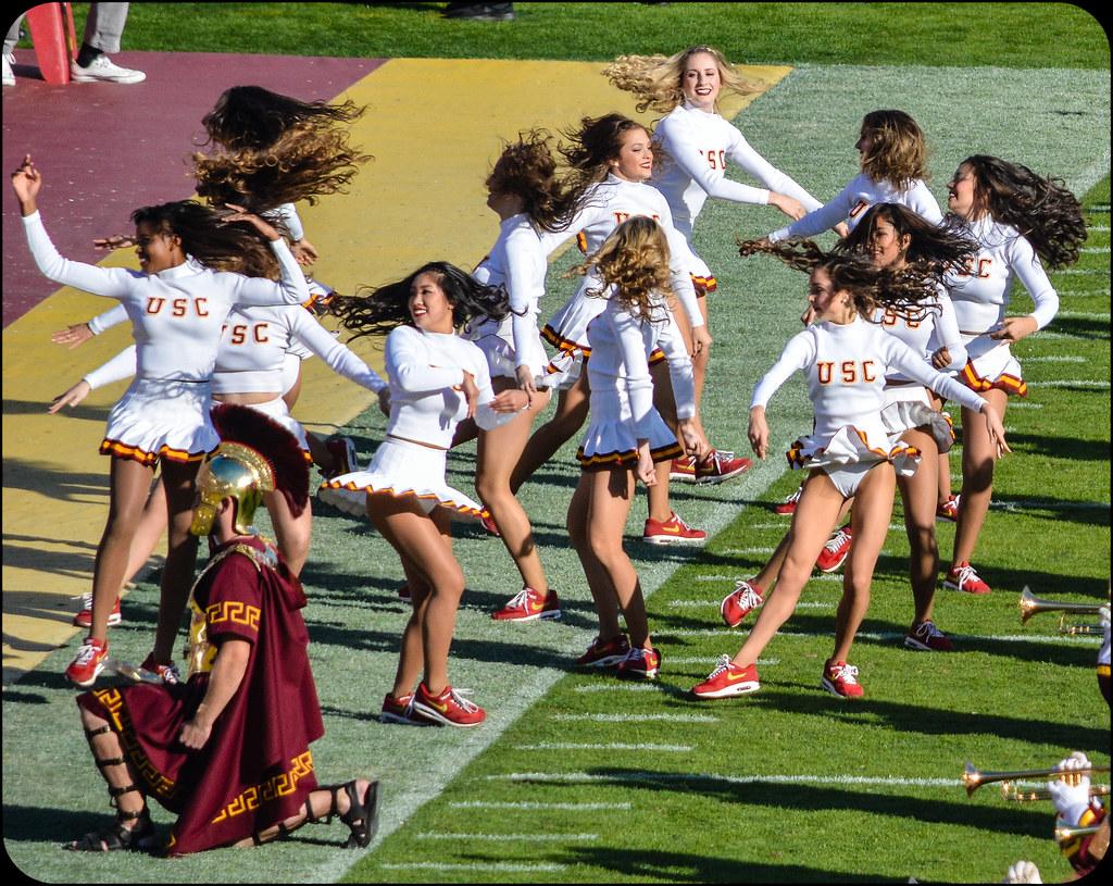 Ucla >> Song Girls | USC-UCLA Football 2015 | bighornplateau1 | Flickr