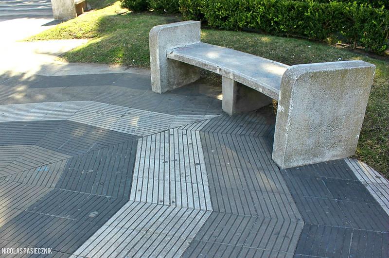 Nicol s pasiecznik fotorreportaje la plaza san martin de - Bancos de cemento ...