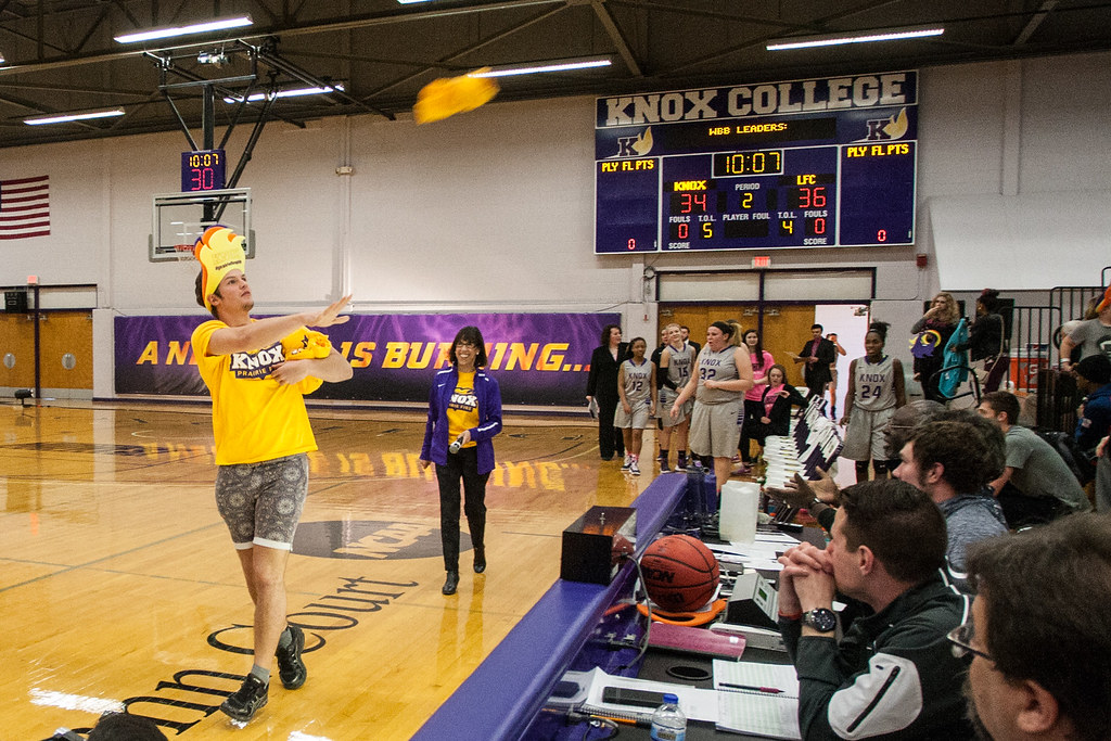 Knox College Prairie Fire Athletics | As a student tosses ...