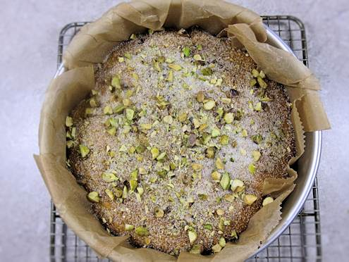 lime yoghurt and pistachio cake